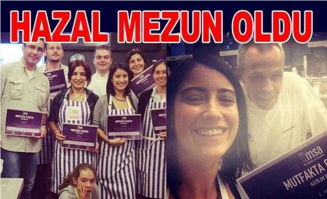 Hazal Kaya mezun oldu!