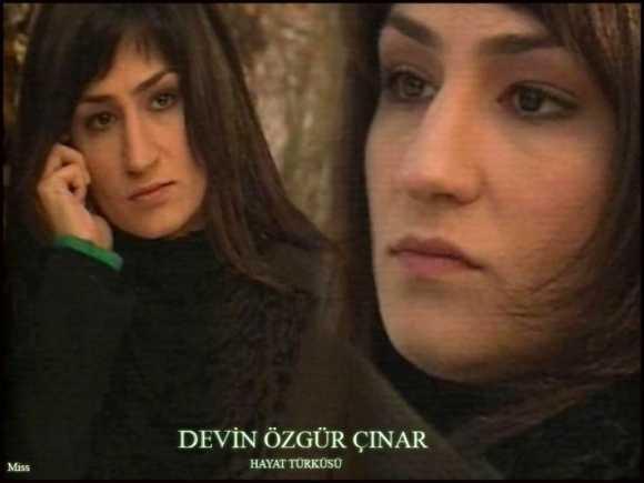 Devin Özgür Çınar Fotoğrafları