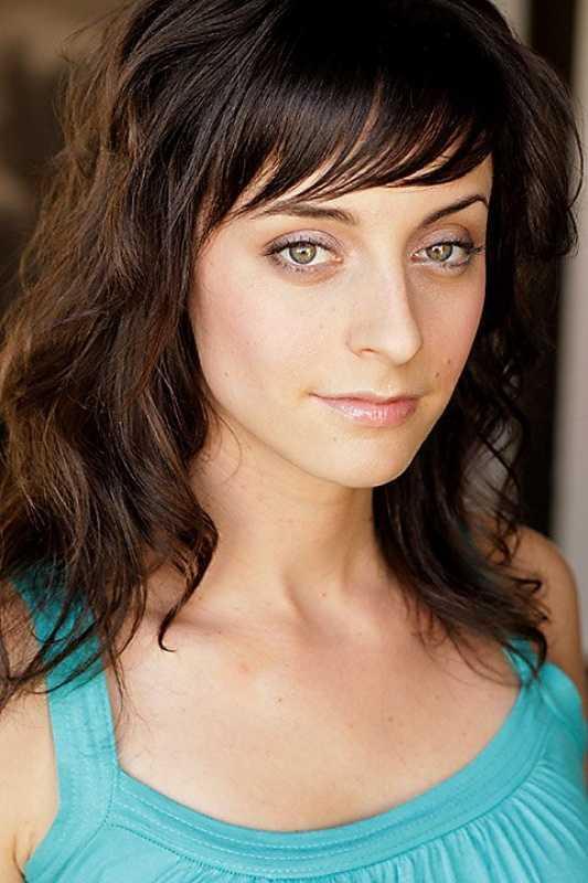 Lindsay Ames