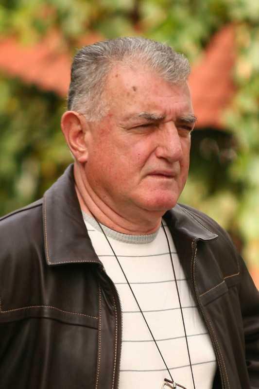 Yaşar Seriner