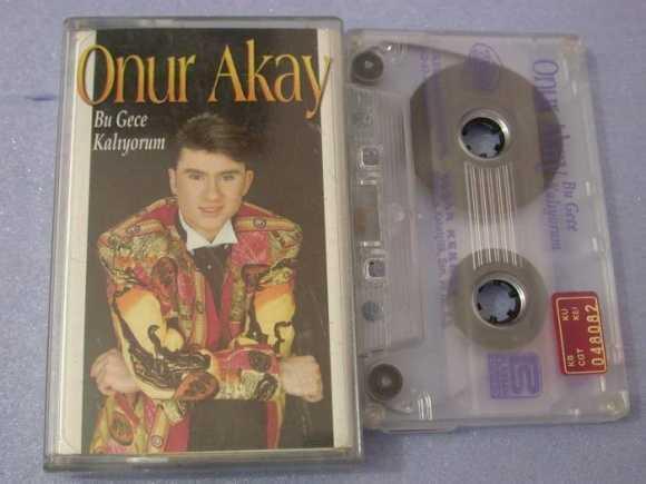 Onur Akay Albüm Resmi