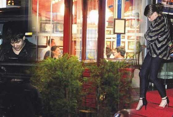 Serenay Sarıkaya ile Çağatay Ulusoy yine yakalandı!