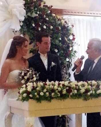 Alp Kırşan ile Zeynep Dörtkardeşler evlendi!