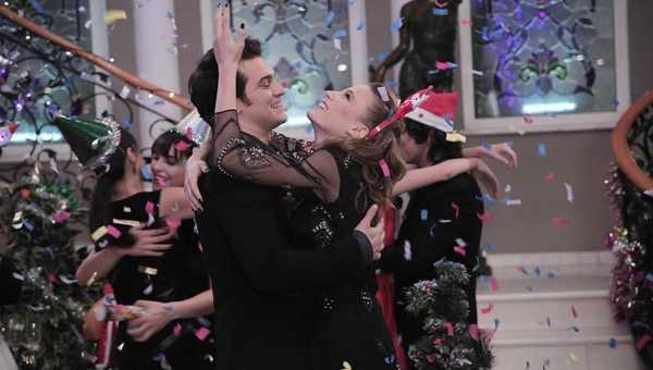Medcezirde aşk sahneleri rekor kırdı!