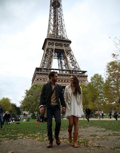 Çukur dizisi Paristen ilk kareler! Yamaç ile Senanın ilk kareleri!