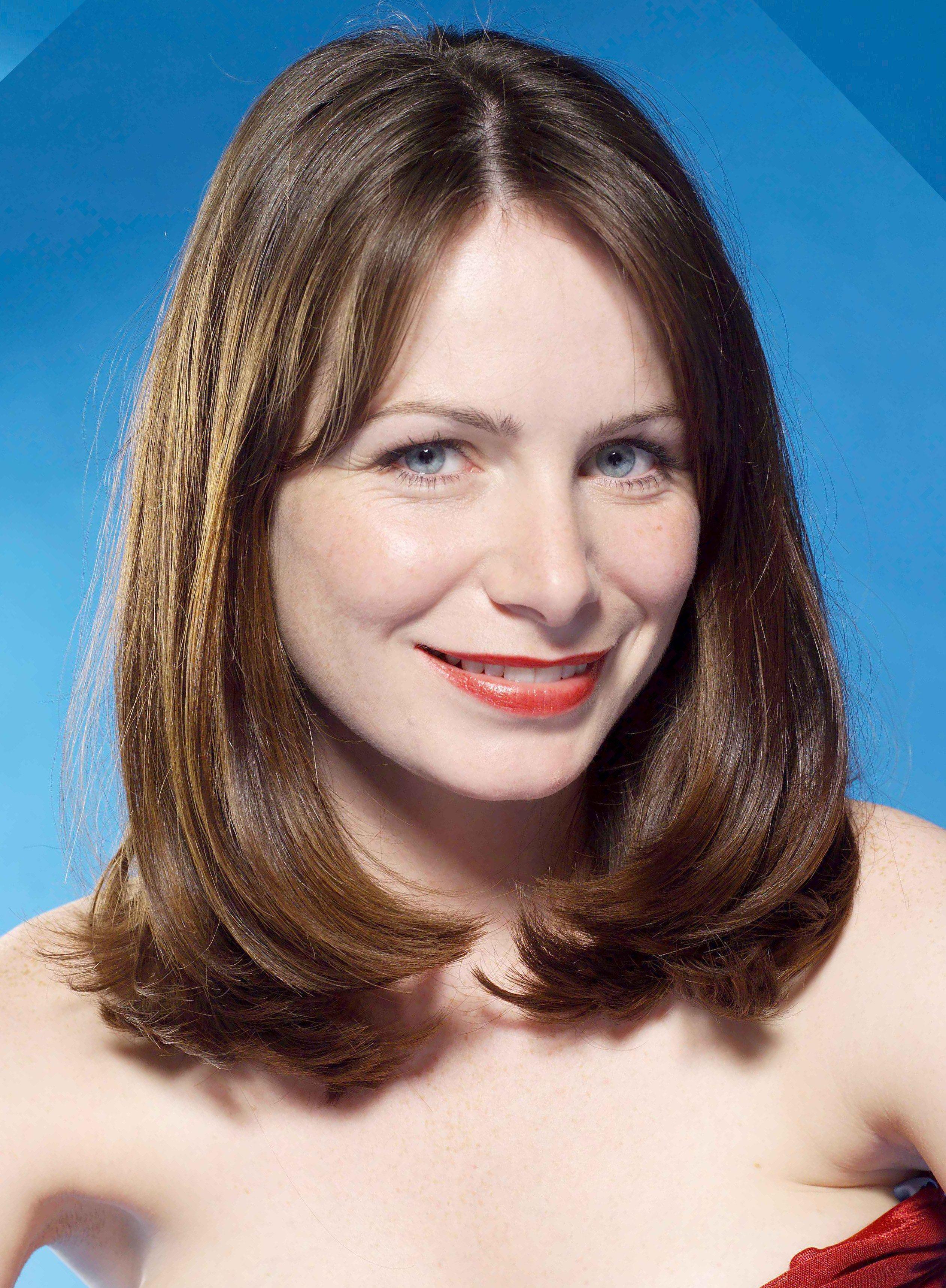 Clare Calbraith - Actor - CineMagia.ro