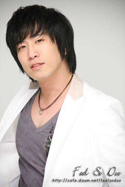 Yeong-sik Song Fotoğrafları
